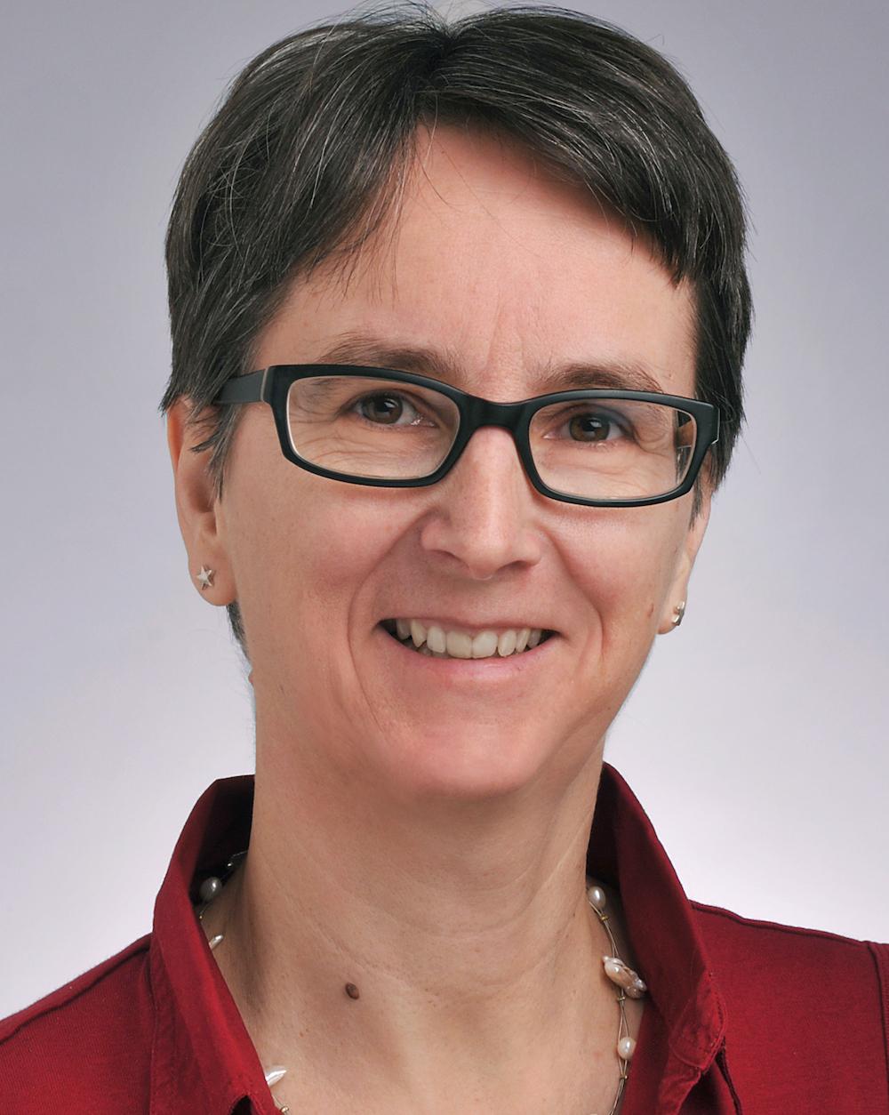 Dr. Angela Büchel